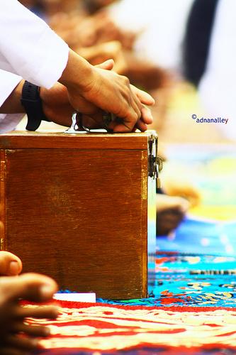 Mengedarkan Kotak Infak Saat Khatib Naik Mimbar Artikel Islam Salafiyah Ahlus Sunnah Wal