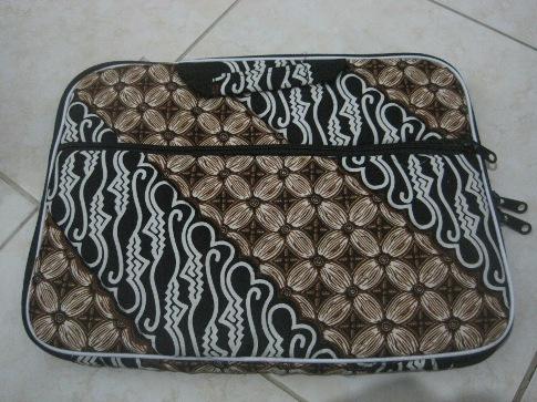 """Tas Laptop Kantong 14"""" (TLK14-01) Rp 35.000"""