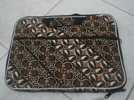 """Tas Laptop Kantong 14"""" (TLK14-03) Rp 35.000"""