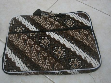 """Tas Laptop Kantong 14"""" (TLK14-04) Rp 35.000"""