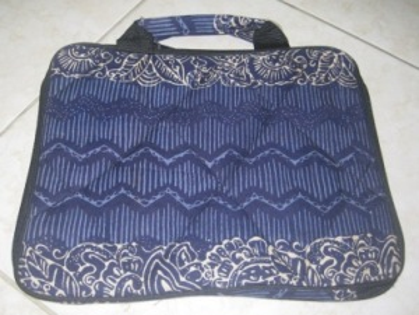 "Tas Laptop Polos 10"" (TLP10-01) Rp 29.000"